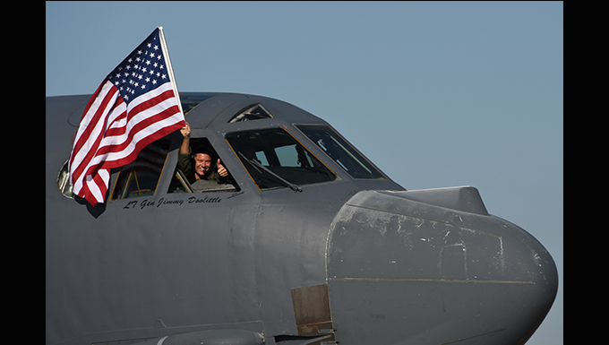 Air Force Lt. Col. Steven R. Smith exceeds 10,000 B-52 flight hours